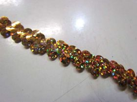 Holographic- Stretch Sequin Trim- 1 Row- Gold