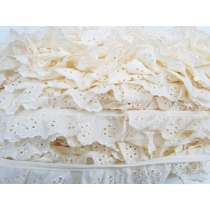 40mm Daisy Broderie Anglaise Frill Trim- Cream #350