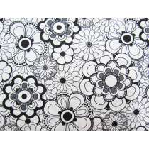 Black & White- Circle Flowers #13